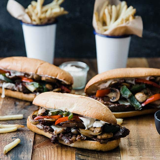 steak sandwich with toppings