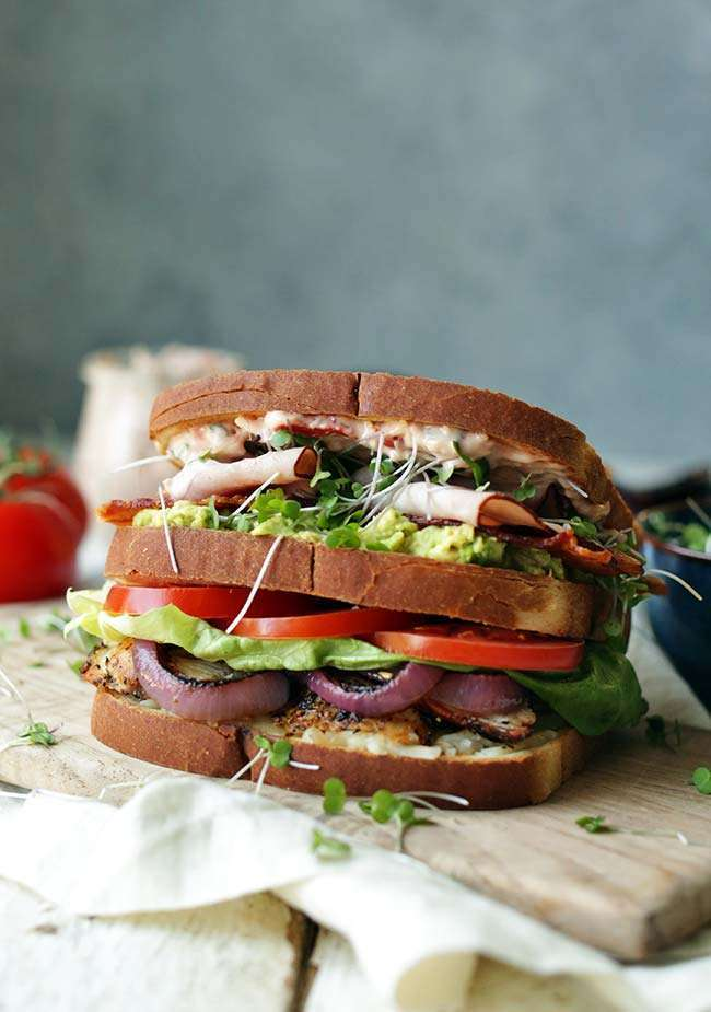 ultimate chicken club sandwich