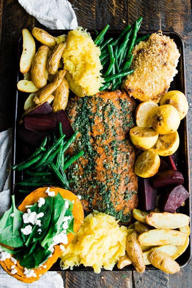 coho salmon with lemon, herbs and vegetables