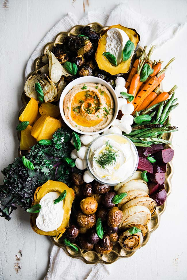 a crudite platter recipe with grilled vegetables and dipping sauces